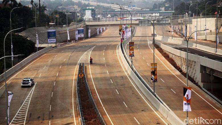 Tol Desari Foto: Lamhot Aritonang