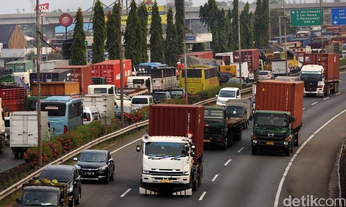 Penerapan integrasi transaksi tarif Tol Jakarta Outer Ring Road (JORR) akan diberlakukan 29 September 2018. Asosiasi Pengusaha Truk Indonesia mendukung rencana ini.