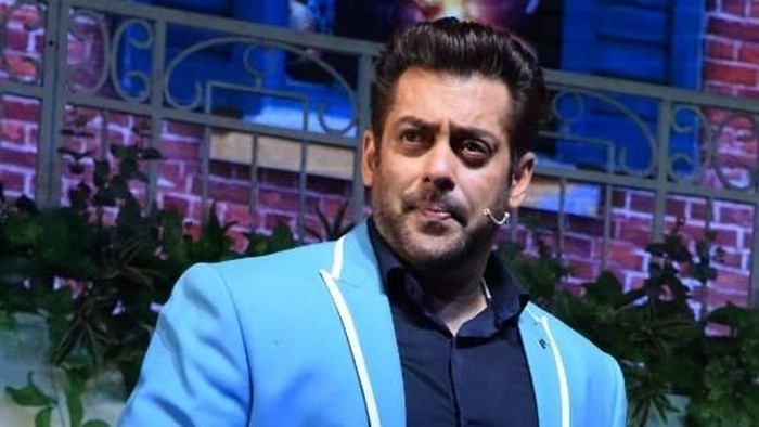 Indian Bollywood actor Salman Khan attends the politician Baba Siddique's Annual Iftar party in Mumbai on June 10, 2018. / AFP PHOTO / Sujit Jaiswal