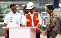 Jokowi Resmikan Tol Desari Seksi I