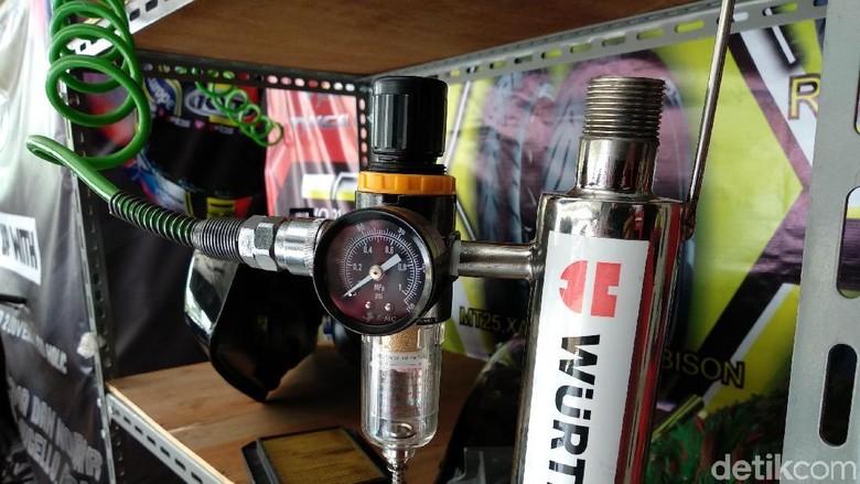Begini Cara Membersihkan Injektor Motor