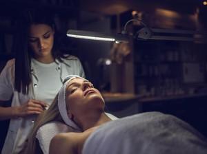 Selain Pakai Krim Wajah, Ini Alasan Treatment di Klinik Juga Dibutuhkan