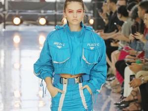 Wanita Tercantik Dunia Eksis Jadi Model di Pekan Mode Dunia
