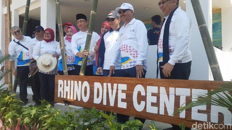 Menpar membuka Festival Tanjung Lesung (Bahtiar Rivai/detikTravel)