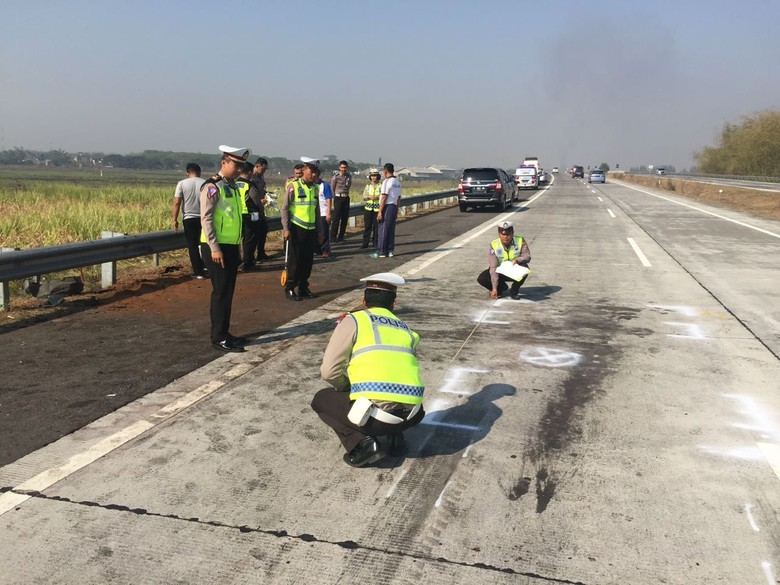 Jalan tol tempat Kapolres Tulungagung kecelakaan. Foto: Istimewa