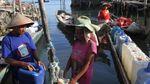 Perjuangan Warga Hadapi Kemarau di Penjuru Indonesia