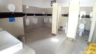 Jangan BAB di Gerbong KRL, Ada Toilet Bersih di Stasiun