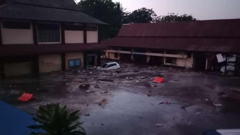 Tsunami di Palu, Tinggi Air di Pantai Palu Capai 1,5 Meter