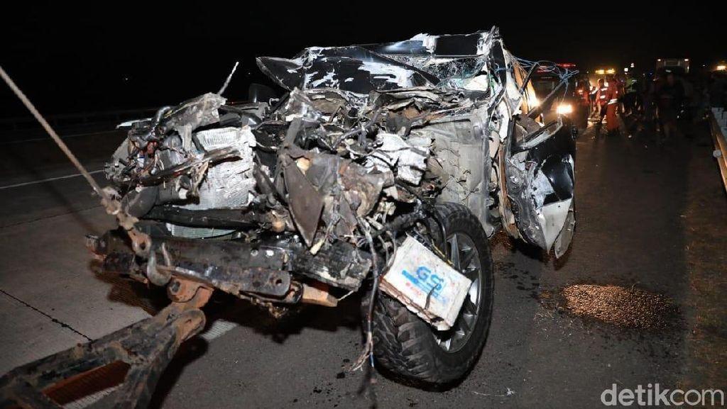 Land Cruiser Kapolres Tulungagung Ringsek Berat Usai Kecelakaan