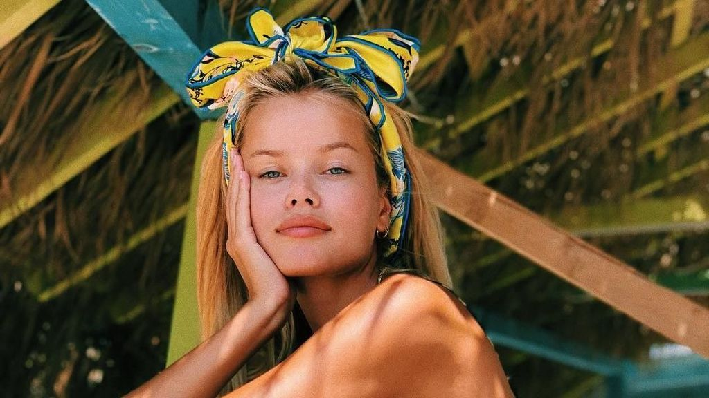 Foto Liburan Ala Model Victorias Secret dari Norwegia