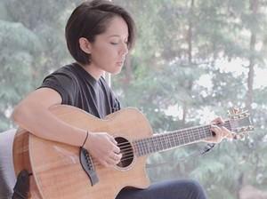 Ini Kina Grannis, Wedding Singer Cantik di Crazy Rich Asians