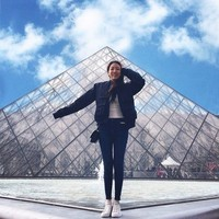 Jalan-jalan ke Paris, jangan lewatka Musee dy Louvre ya! (yehdeb/Instagram)
