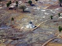 Tsunami-tsunami Mematikan Menerjang Berbagai Belahan Dunia
