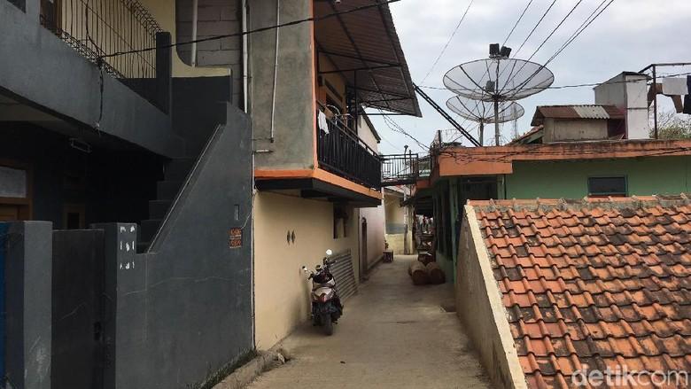 Perjalanan Gugatan Warga Jatinangor Atas Lahan Rel KA di Jabar