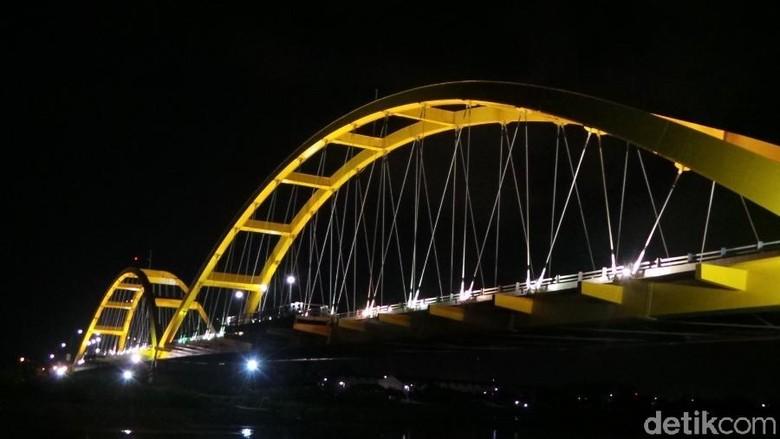Jembatan Kuning Palu: Jadi Kebanggaan RI, Hancur Dihantam Gempa Bumi