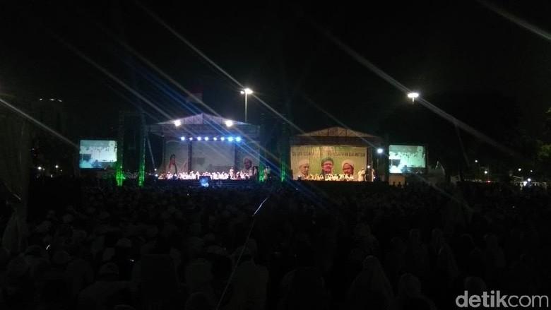 Fadli Zon-Titiek Soeharto Hadiri Doa untuk Habib Rizieq di Monas