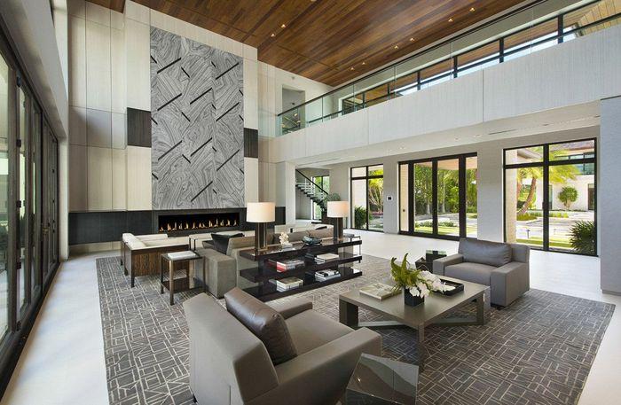 Lerner menjual rumah ini ke Khaled setelah pindah ke Palm Beach. Istimewa/mansionglobal.com.