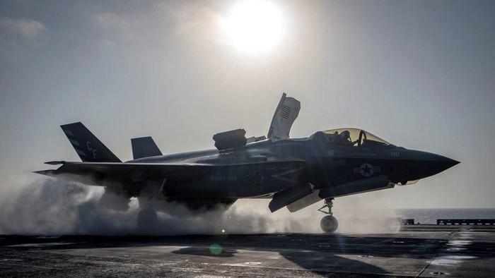 Jet termahal di dunia F-35 alami kecelakaan pertama dalam sejarahnya