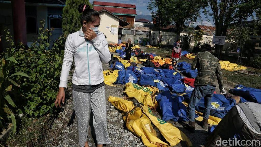 Jenazah Korban Gempa Mulai Membusuk, Menkes Ingatkan Ancaman Infeksi