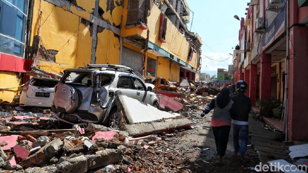 Korban Gempa Banyak yang Patah Tulang, Menkes Kirim Tim Ortopedi ke Palu