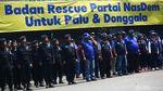 Partai Nasdem Lepas 100 Tim Medis ke Palu dan Donggala