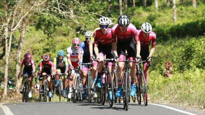 Tour de Banyuwangi Ijen 2018 mendapat kebanggaan dari UCI dan peserta. (Foto: Ardian Fanani/detikSport)