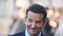 Bradley Cooper Bakal Bintangi Film Biopik Bee Gees?