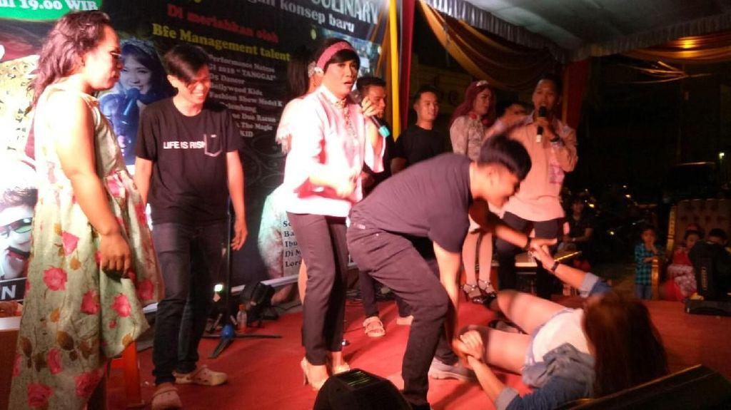 Dibuka Walkot, Pembukaan Malam Kuliner Palembang Dihebohkan 4 Waria