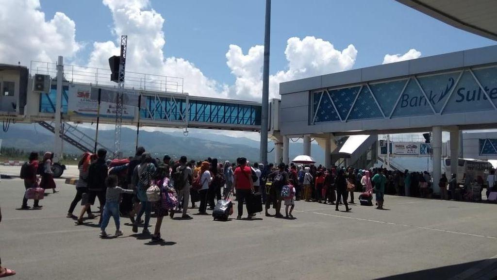 Penerbangan di Bandara Palu Diatur Demi Keselamatan