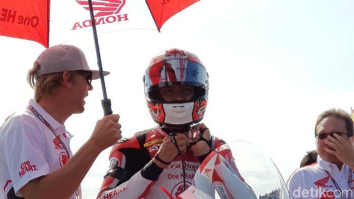 Dimas Ekky Mengaspal di Moto2
