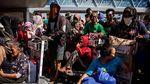 Korban Gempa dan Tsunami Menanti Evakuasi Keluar dari Palu