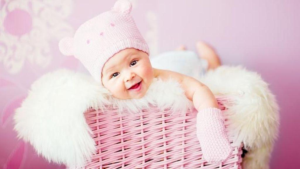 20 Nama Bayi Perempuan Terinspirasi dari Tokoh Sejarah