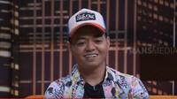 Wendy Walters-Reza Arap Foto Prewed, Netizen Salfok ke Gaun Menerawang