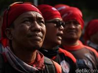 Kenaikan Upah Buruh Ditolak Said Iqbal, Tol Satu Arah saat Mudik