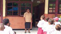Orang Skouw yang Lupa-lupa Ingat dengan Bahasa Ibunya