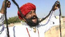 Ritual Khusus Sang Pemilik Janggut Terpanjang di Dunia