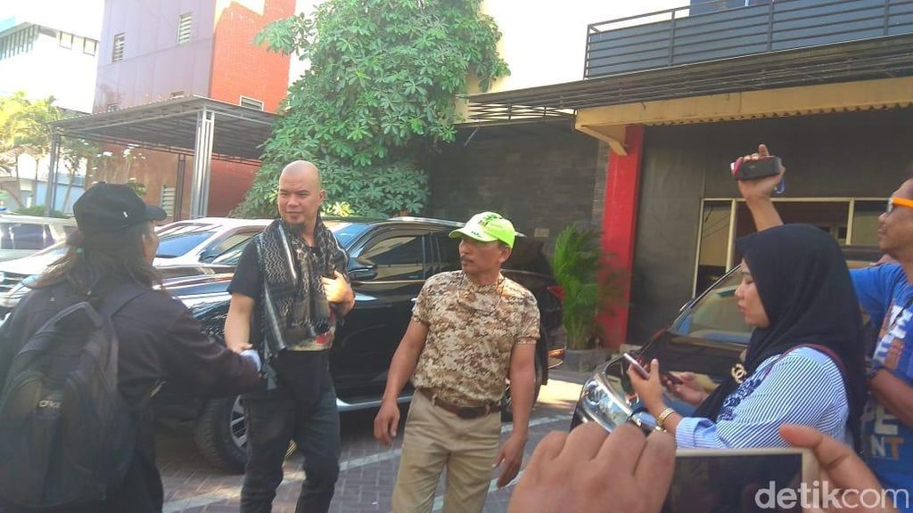 Mengenai Kasus Ahmad Dhani di Polda Jatim, Kuasa Hukum Enggan Komentar
