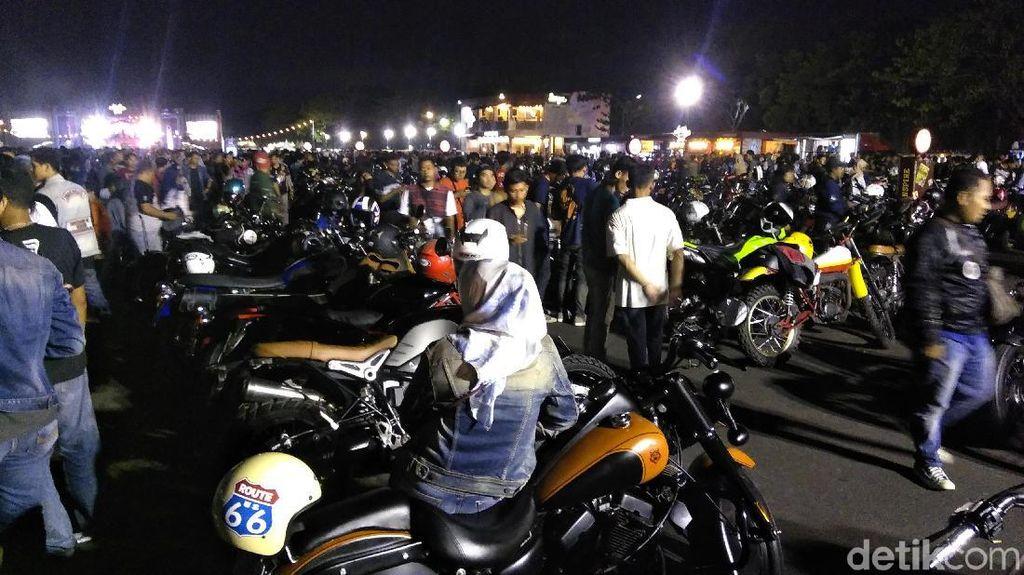 Suryanation Motorland Hipnotis Ribuan Warga Surabaya