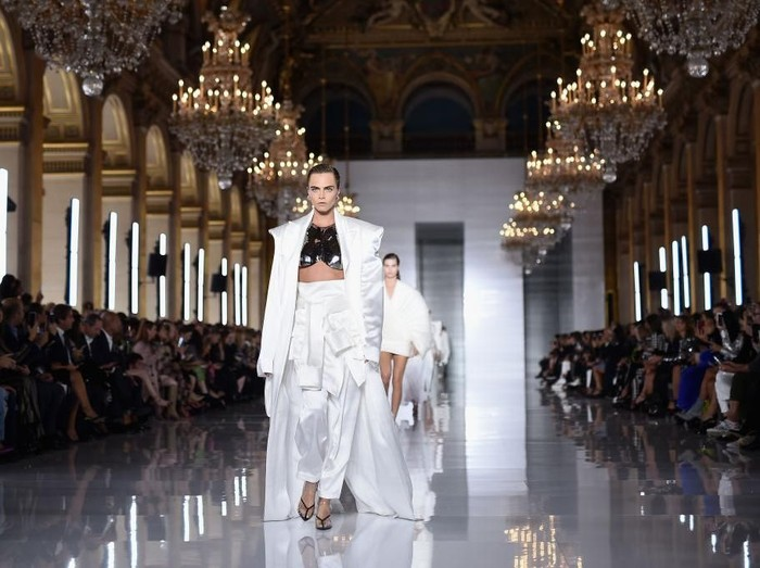 Fashion show Balmain (Foto: Pascal Le Segretain/Getty Images)