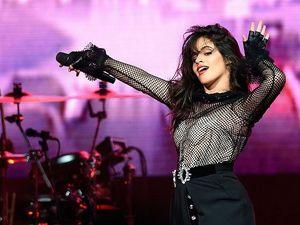 Bukan Cuma Taylor Swift, Camila Cabello Juga Isi AMA 2018