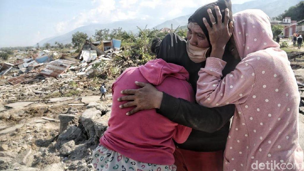 Kemenkes Berikan Dukungan Psikologis Bagi Para Korban Bencana Donggala-Palu