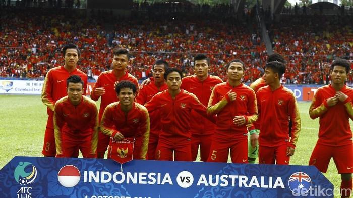 Netizen tetap beri dukungan kepada timnas U-16 yang harus kalah dari Australia di lanjutan Piala Asia 2018. Foto: Dikhy Sasra/detikSport