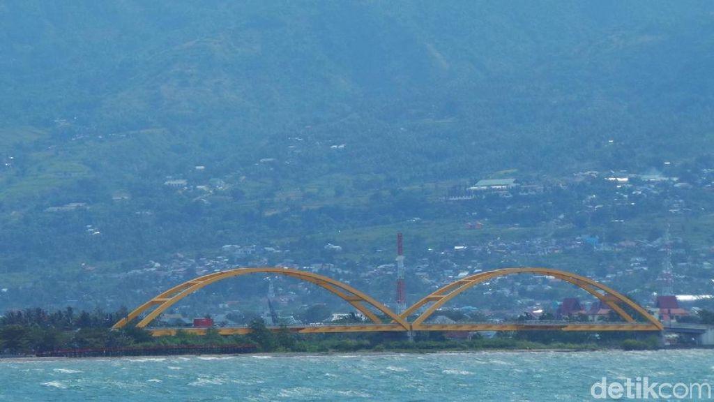 Mengenal Jembatan Ikon Palu yang Hancur Diterjang Gempa dan Tsunami