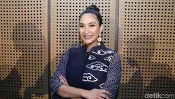 Lama Jadi Aktris, Happy Salma Nggak Tertarik Produseri Film