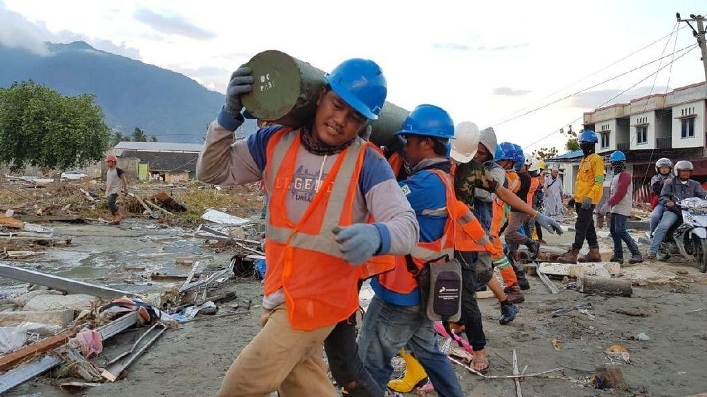 Begini Perjuangan Pulihkan Jaringan Listrik Palu Pasca Tsunami