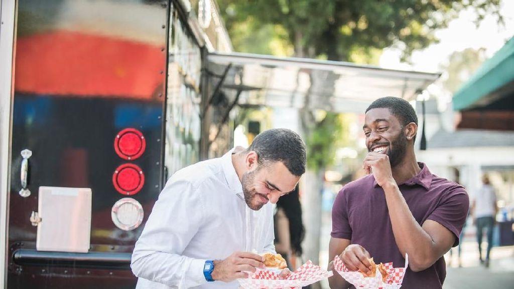 Kalau Mau Wisata Kuliner Seperti Orang Lokal, Lakukan 6 Hal Ini