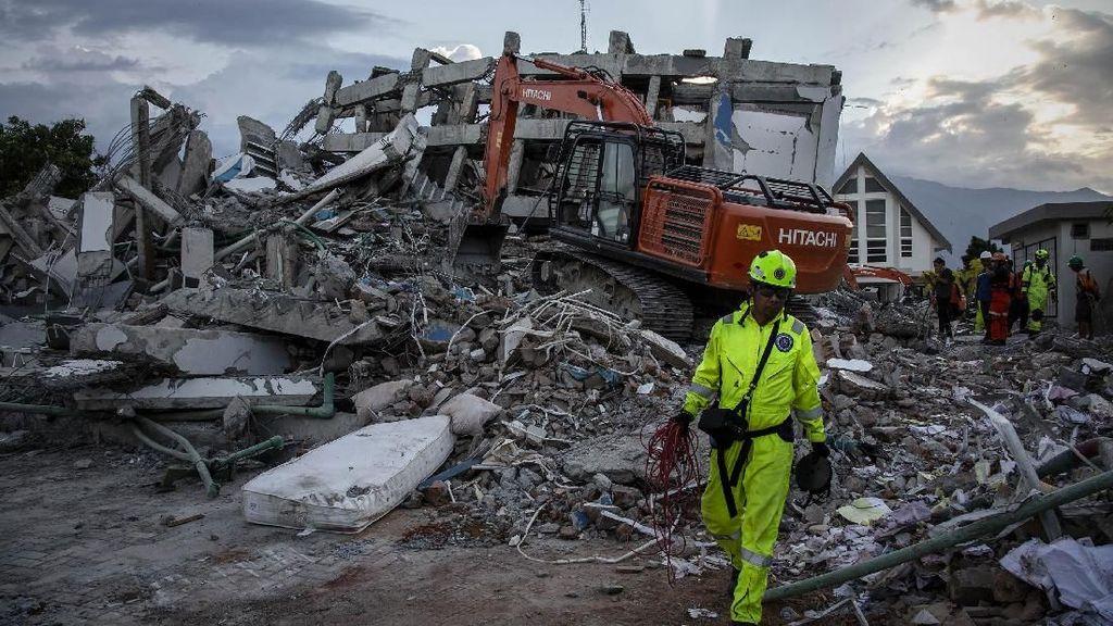Meski Fasilitas Minim, Penanganan Korban Gempa Sulteng Berjalan Lancar
