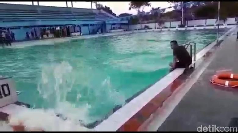 Air Kolam Renang di Sidoarjo Bergelombang Sebelum Tsunami Landa Palu