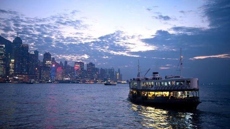 Foto: Tempat yang bisa dikunjungi adalah Hong Kong. Traveler bisa masuk Hong Kong tanpa visa dengan biaya pesawat sekitar Rp 3 jutaan saja lho. Banyak yang bisa dilihat dari negara dengan nuansa urban di sana (CNN Travel)