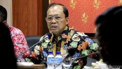 Koster Instruksikan Bupati Badung Tutup Toko Nakal yang Coreng Bali